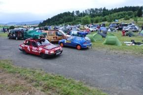 Sute de mașini din toată lumea participă la Mongol Rally