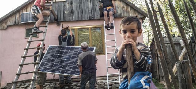 Lumină pentru România / Fény Romániához
